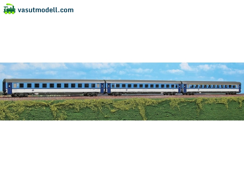 ACME 55170 EuroCity Porta Bohemica set with 3 cars, all in newest livery of CD Cezch Railways