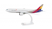 HERPA 609784 Asiana Airlines Boeing 777-200
